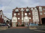 2 bedroom Apartment in Adlington House...