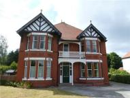 2 bed Ground Flat to rent in Colwyn Bay, LL29