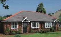 Semi-Detached Bungalow to rent in Llandudno Junction, LL31