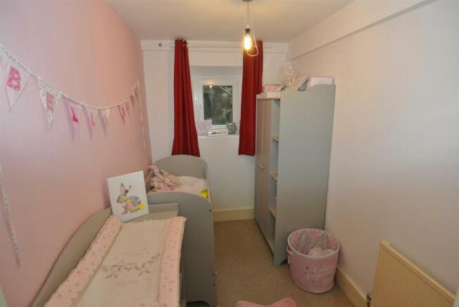 Second Bedroom / Stu