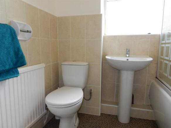 The white bathroom s