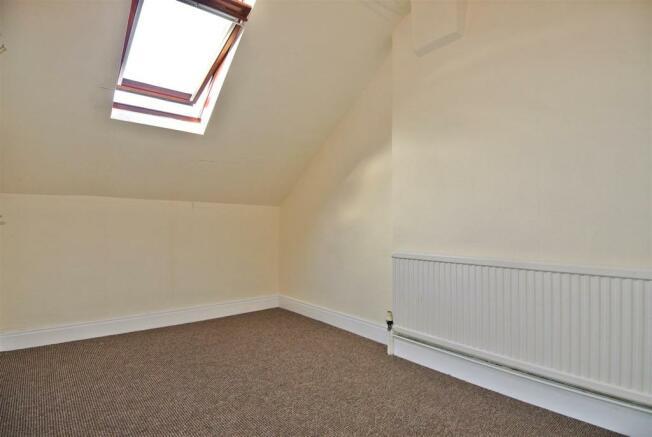 Top Floor Rear Bedroom
