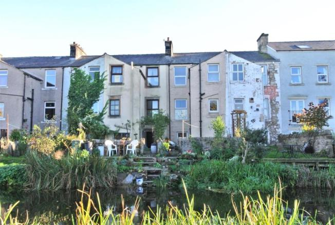 A home backing onto Lancaster canal