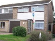 semi detached property to rent in Seaview Drive...