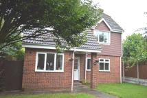 Detached home to rent in Lambourne Close...