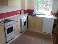 3 bed Flat in Glenhove Road...