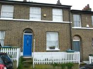 Maidenstone Hill Terraced house to rent