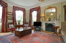 3 bed Apartment for sale in Dartmouth Hill, London