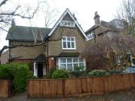 3 bed Flat to rent in Oakcroft Road, London