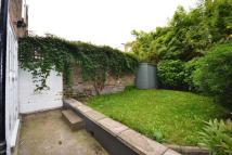 Ground Flat to rent in PORTNALL ROAD, London, W9