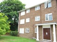 2 bed Flat to rent in Waters Drive, Staines...