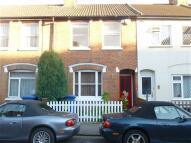 2 bedroom house in Bell Street, Maidenhead...