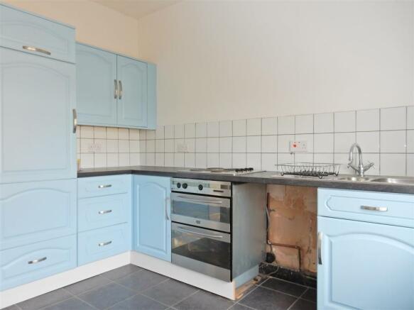 Kitchen (Flat 2)
