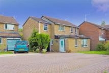 Detached house in Felbridge Avenue, Crawley
