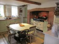 4 bed Character Property in Blandford Hill...