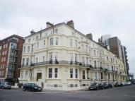 Studio apartment in Lascelles Terrace...