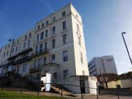 Flat for sale in Wellington Square...