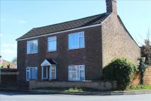 4 bedroom Detached property in Lynn Road...