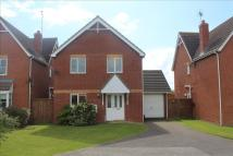 4 bed Detached property in Foxglove Walk...