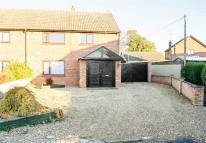 3 bedroom semi detached house in Queensway, Long Sutton...