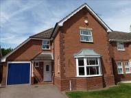 4 bedroom Detached home in Broom Avenue...