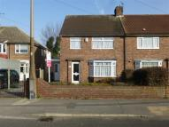 3 bed semi detached house in Braithwell Road, Maltby...