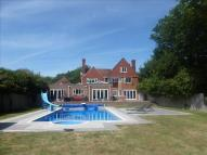 4 bedroom Detached home for sale in Valley Road, Peacehaven