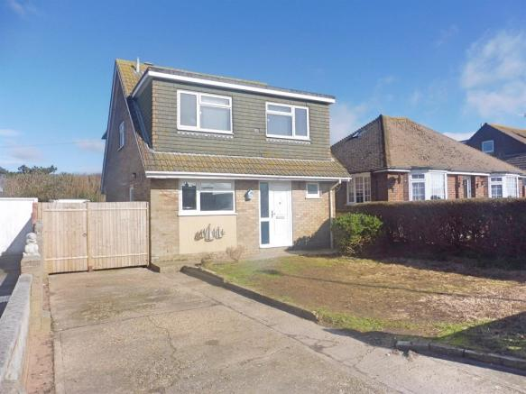 3 bedroom detached house for sale in south coast road peacehaven bn10