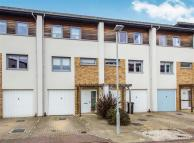 Town House for sale in Broomhill Way...