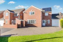 Detached house in Lincroft, Goldthorpe...