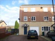 Town House for sale in Buckingham Road...