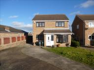 4 bed Detached property in Buckthorn Close, Swinton...