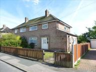 3 bed semi detached property in Fir Tree Approach, Leeds