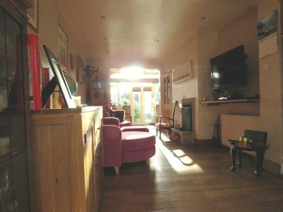 Kitchen / Diner / Lounge