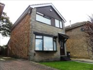 3 bed Detached property in Bruntcliffe Close...