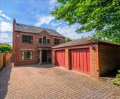 4 bed Detached home in Haigh Moor Road, Tingley...