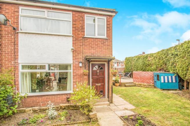 3 Bedroom Town House For Sale In Springfield Avenue