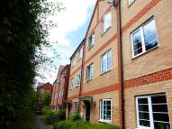 4 bed Town House in Newport Pagnell Road...