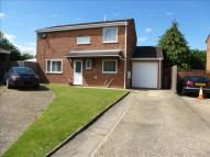 4 bed Detached home in Lowlands Close...
