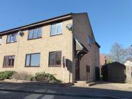 4 bed semi detached house for sale in Clay Court, Loddon...