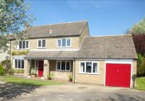4 bed Detached house in Wansford Road, Elton...