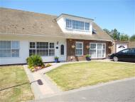 5 bed Bungalow in Montague Close...