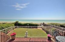 6 bed Detached property in Lamorna Gardens, Ferring...