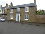 4 bed Detached home in South Park Street...