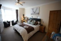 9 bed Guest House in Kirtleton Avenue...