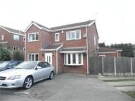 5 bedroom Detached house in Ferndale Drive, Bramley...