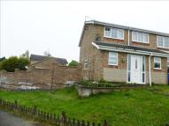 4 bedroom semi detached house in Roman Way, Desborough...