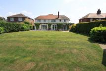4 bed Detached home for sale in Breighton Road, Bubwith...