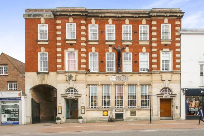 2 Bedroom Apartment For Sale In North Street Taunton Ta1