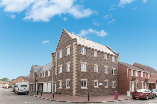 2 Bedroom Apartment For Sale In Morse Road Norton Fitzwarren Taunton Ta2